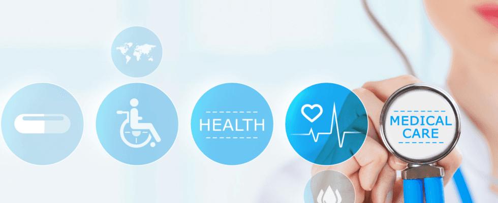 Servizi medici descritti in un'infografica e sullo sfondo una dottoressa