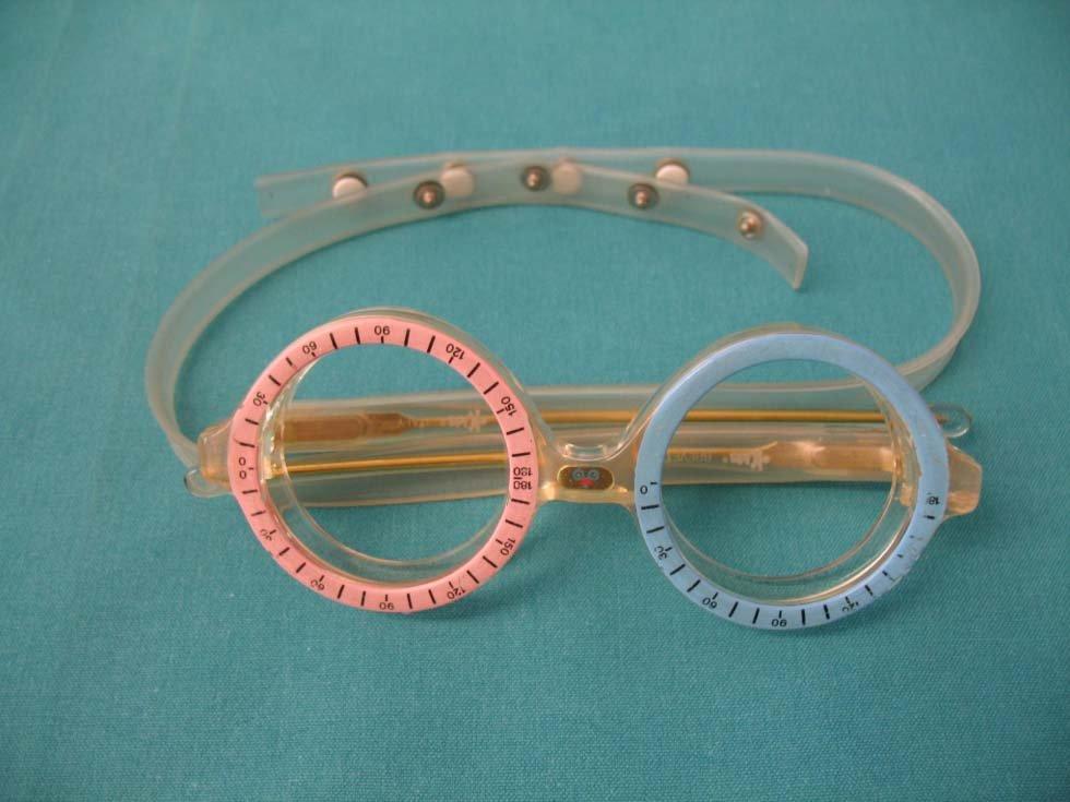 occhiali per il controllo della qualità della vista