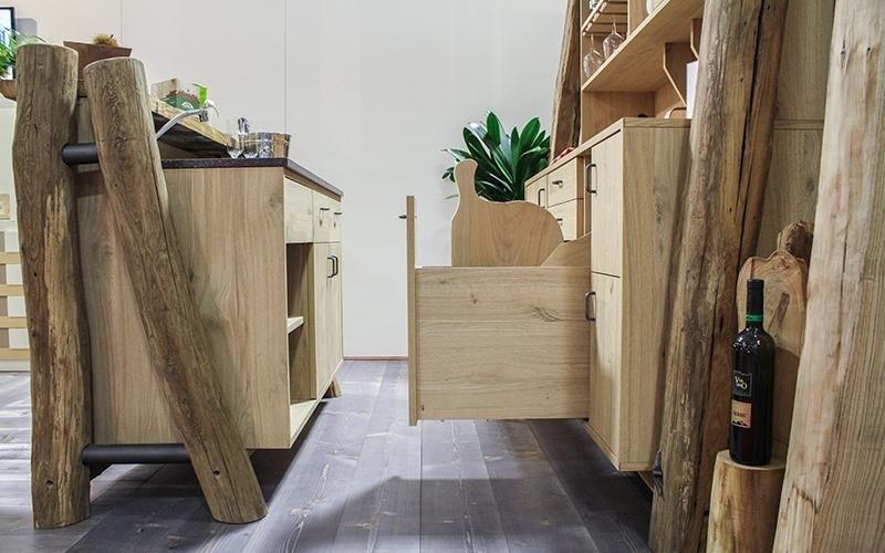 Vendita mobili rustici treviso plz arredamenti for Vendita mobili rustici