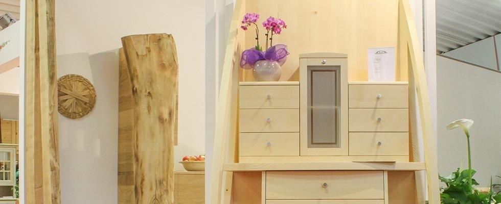 mobili legno bagno