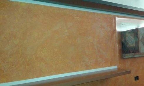 parete color beige tinteggiata