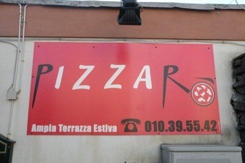 Pizzarò propone più di 50 tipi di pizze.