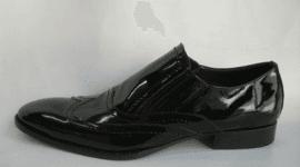 scarpe nero laccato