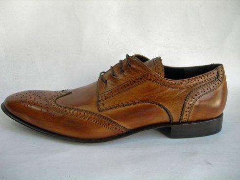 calzature uomo di pelle