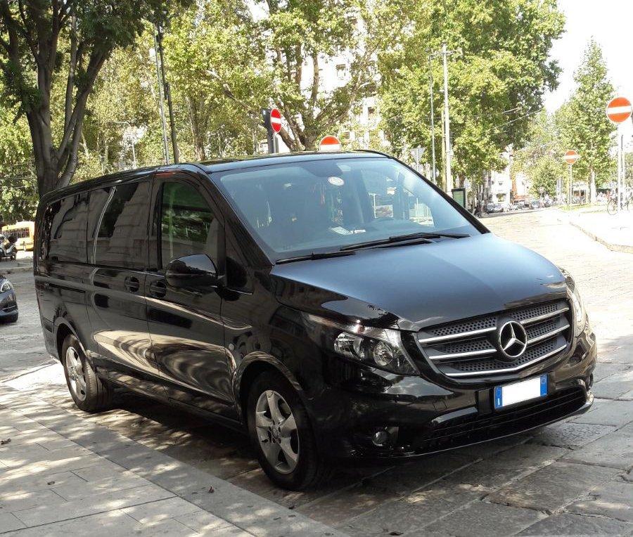 minivan mercedes nero