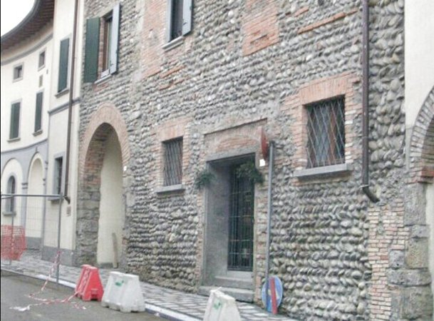 Sabbiatura e sverniciatura di edifici
