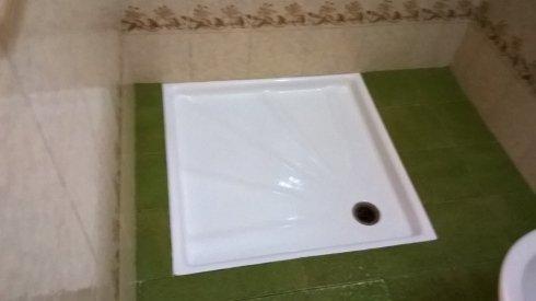 Pulizia piatto doccia