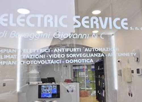 immagine frontale electric service a Trecate