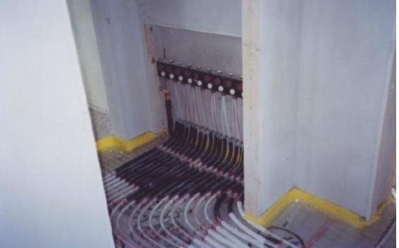 schema impianto riscaldamento a termosifoni
