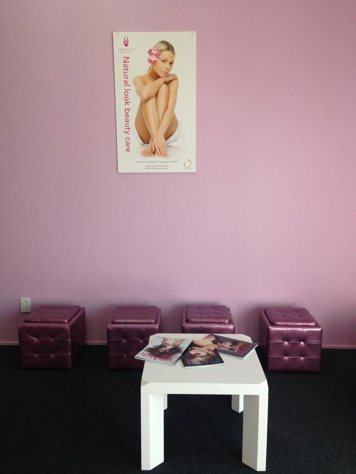Peachy beauty parlour in Dunedin