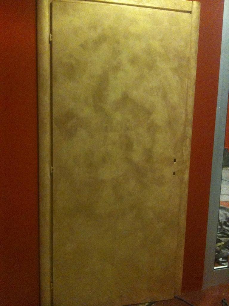 tinteggiatura porta
