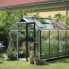 Compact growhouse