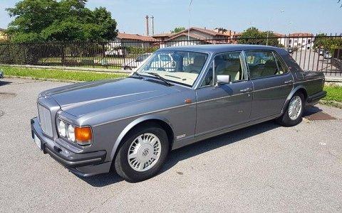 Noleggio Bentley Turbo L