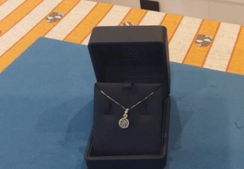 collane con pietre preziose