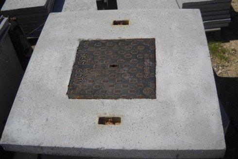 Componenti in cemento per tombini