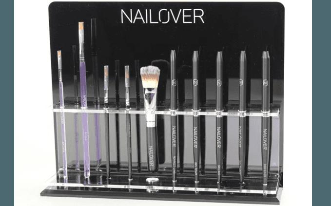 espositore con pennelli a marchio NAILOVER
