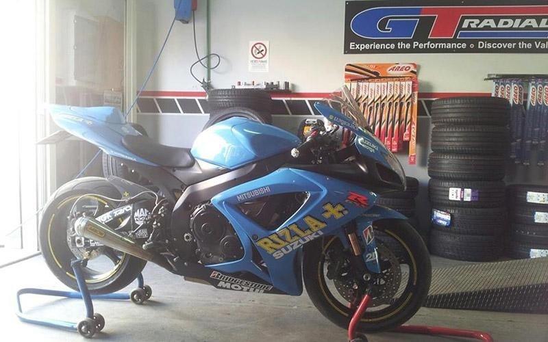 Pneumatici per motocicli Ispica
