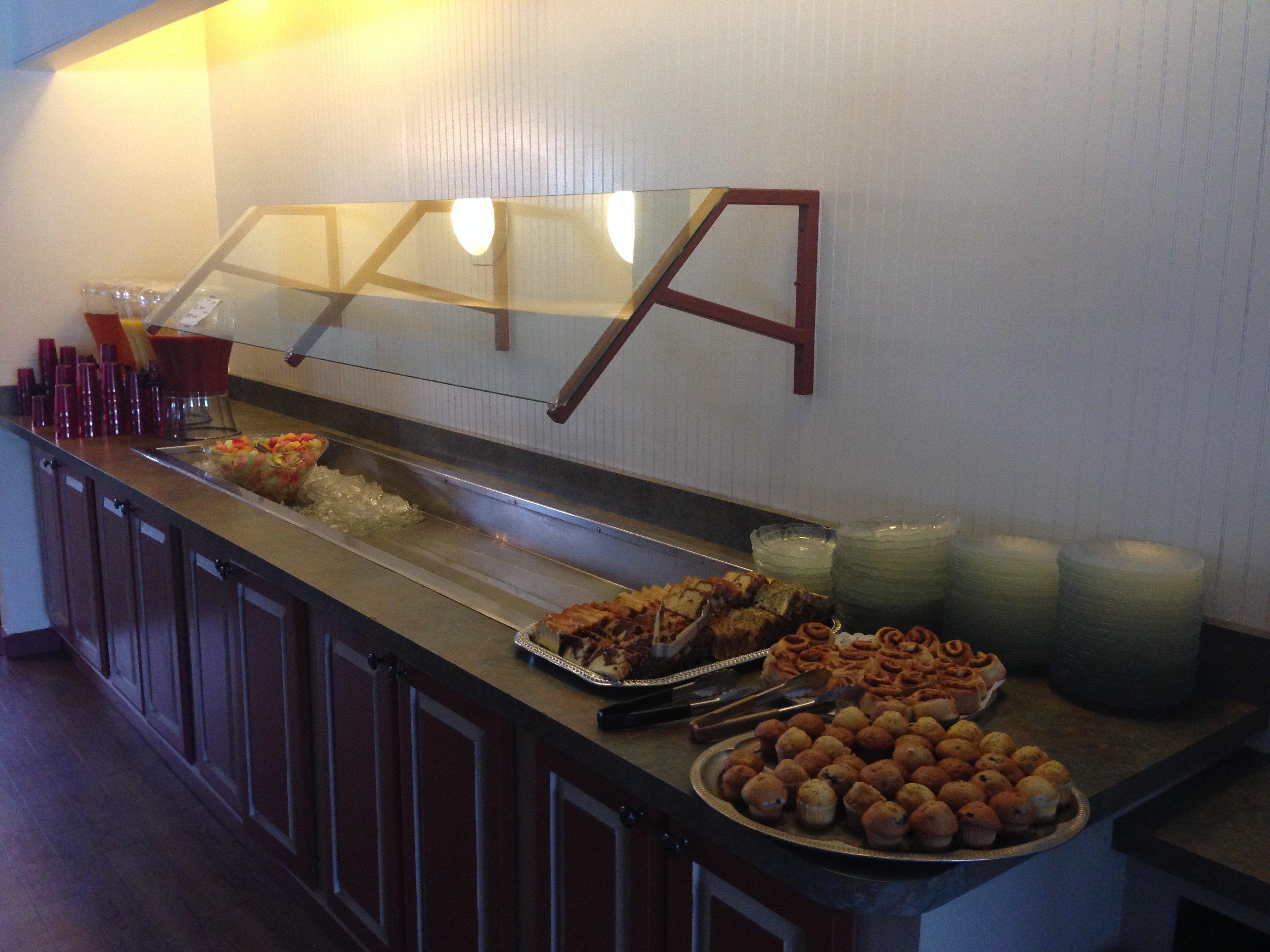 Charlmont Restaurant Sunday brunch buffet