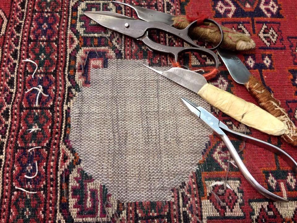 Riparazione di un tappeto orientale pregiato