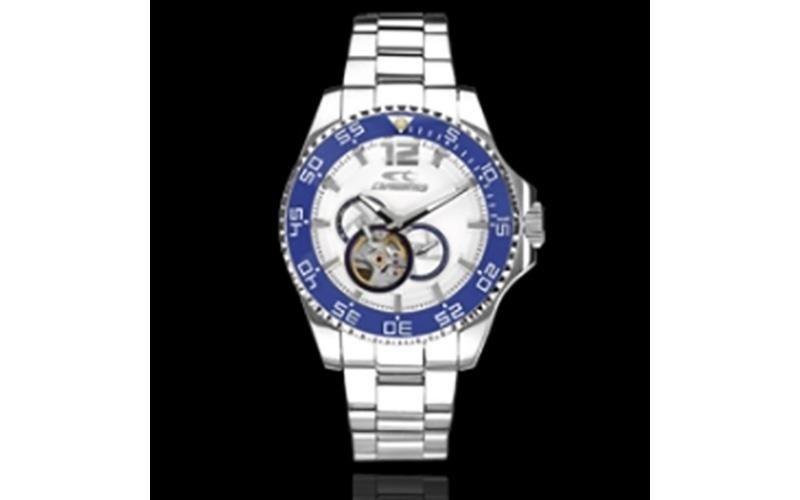 orologio in acciaio con cronografo