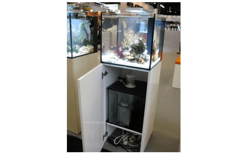 sistema filtri aqcquario