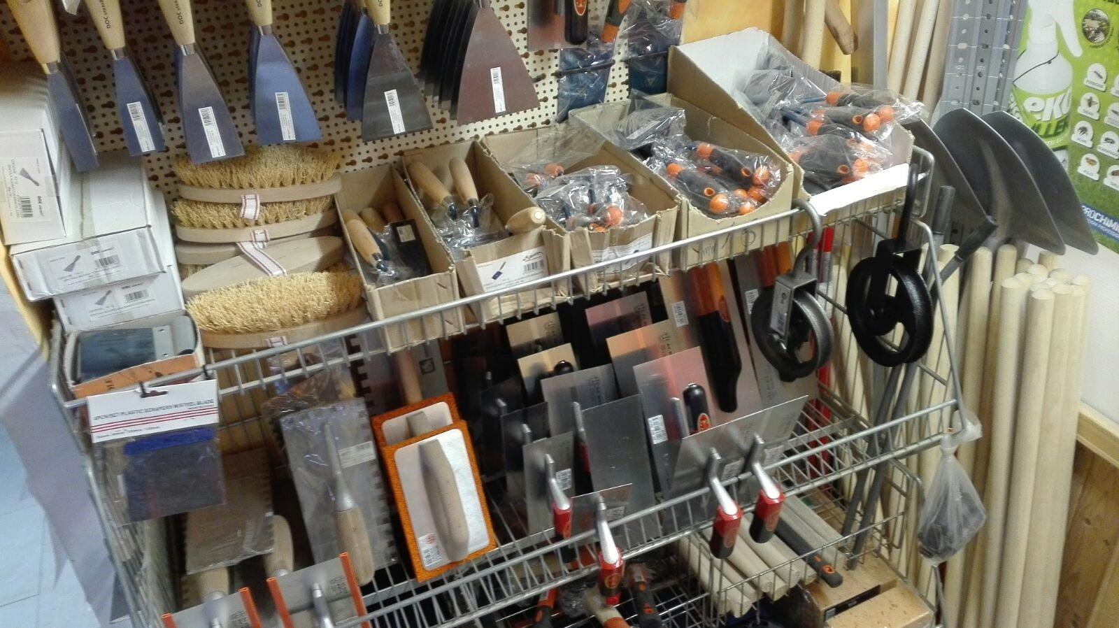 strumenti per spalare