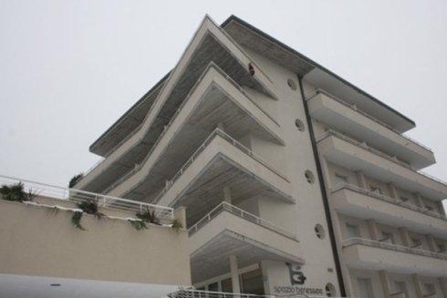 progetto albergo con terrazze