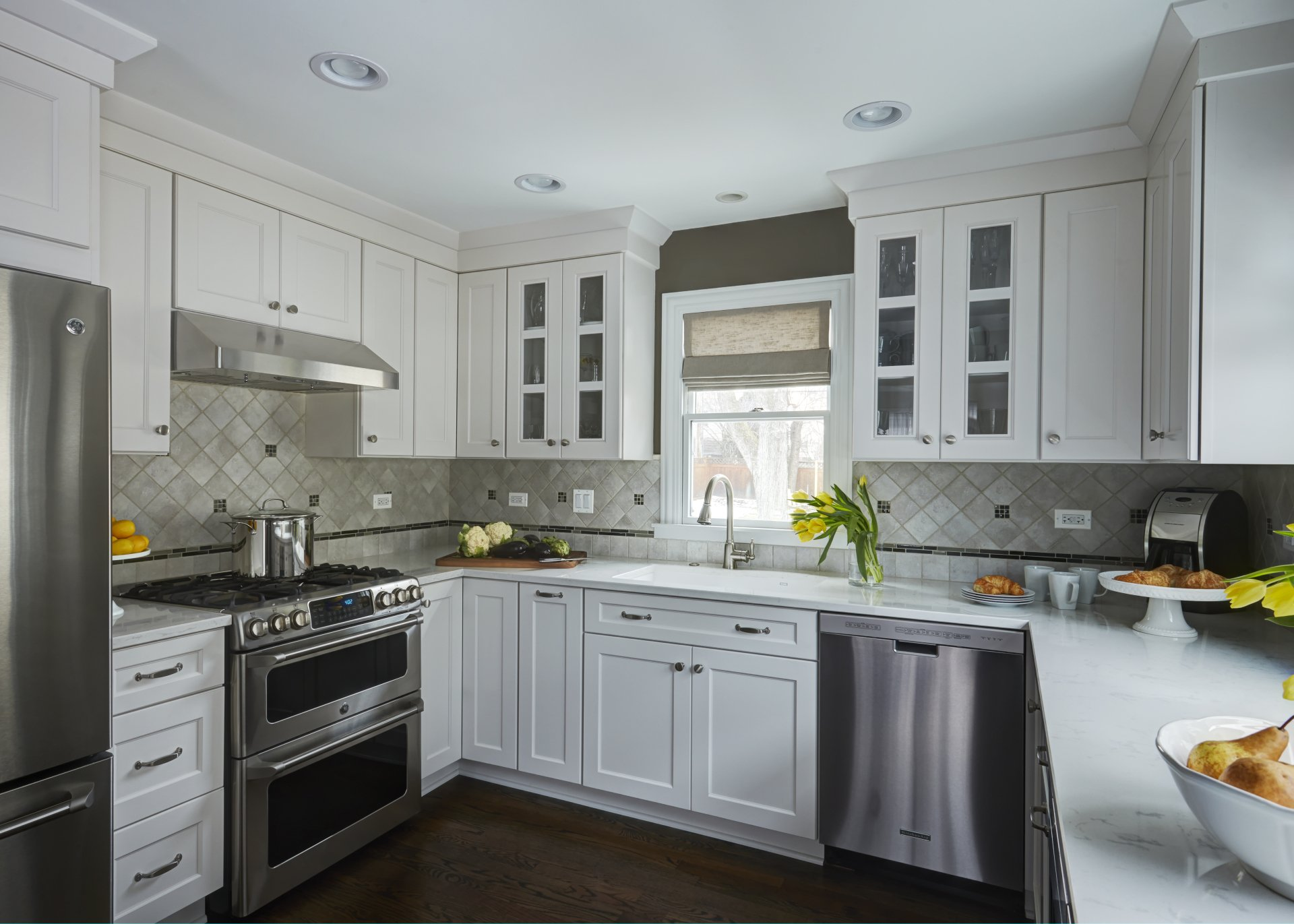open v/s closed kitchen layouts