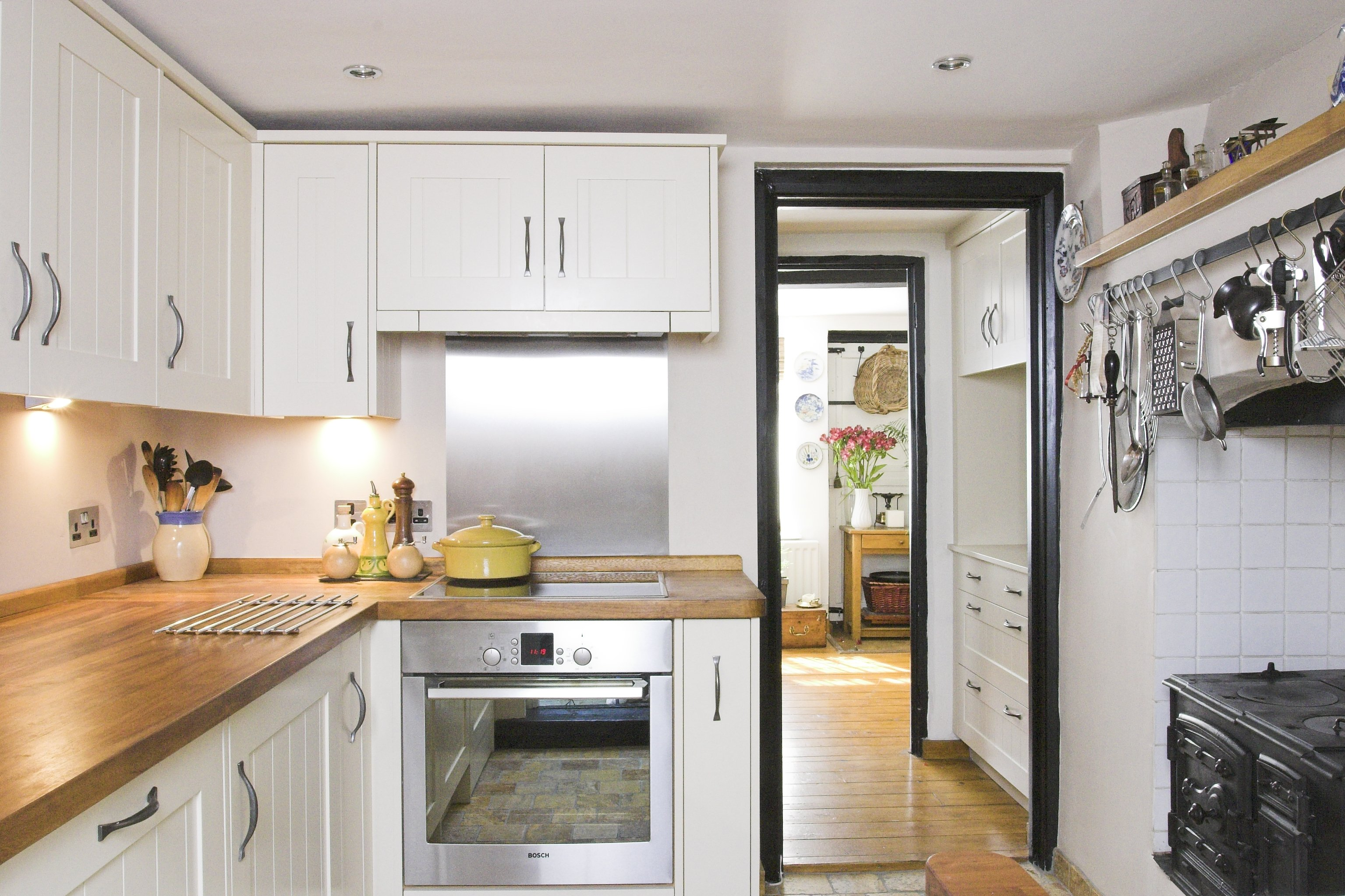 Traditional Kitchens Are Built To Suit The Style Of The House For Many  Years, If Not Centuries! A Professionally Designed Contemporary Kitchen  Will Stand ...