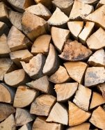legna da ardere secca e  tritata