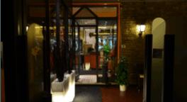 Ristorante, pizzeria, ambiente con aria condizionata, pesce fresco. primi piatti