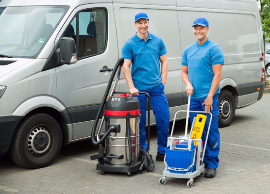 Equipments used by the professional cleaning service team