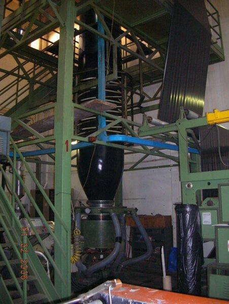 produzione di sacchetti della spazzatura