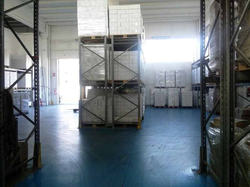 pila di materiali per la produzione