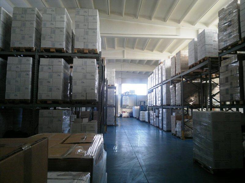 corridoio di una fabbrica