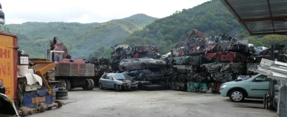 Demolizioni e ricambi auto e moto