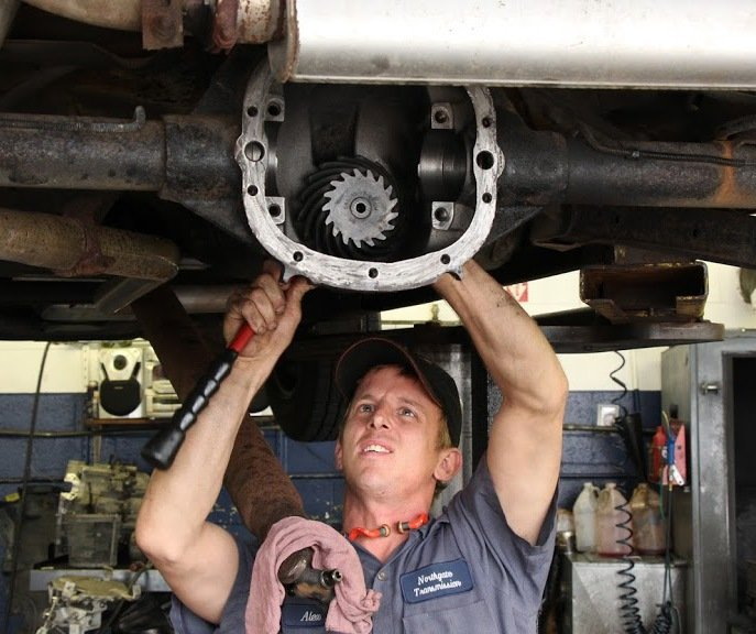 Alex, the dedicated technician of transmission repair work in Cincinnati, OH