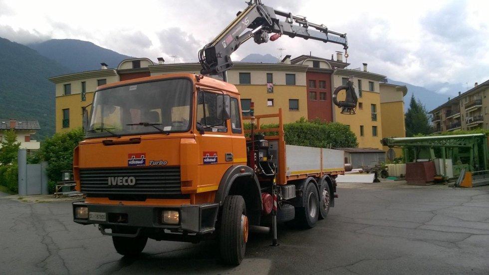 camion impianti smaltimento rifiuti
