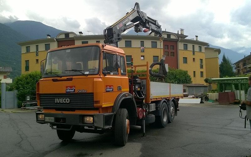 camion gru spurghi