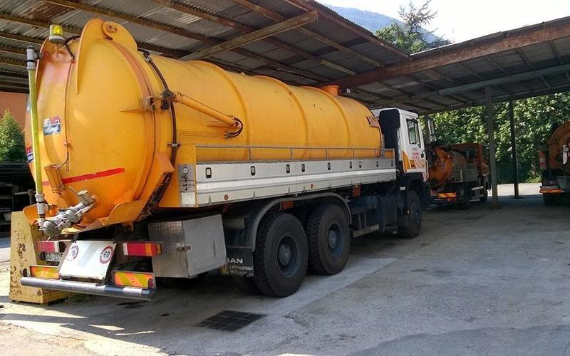 auto cisterna idrosud