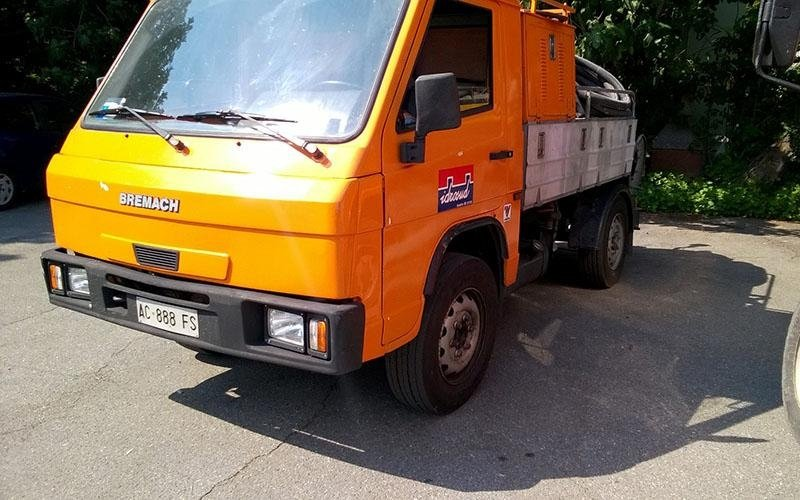 camion spurghi fronte