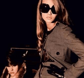 Collezione donna, moda elegante, morbidezza