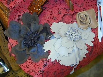 creation of nappa leather flowers