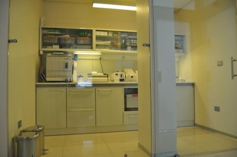 studio dentistico - laboratorio