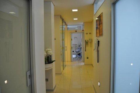 studio dentistico - entrata