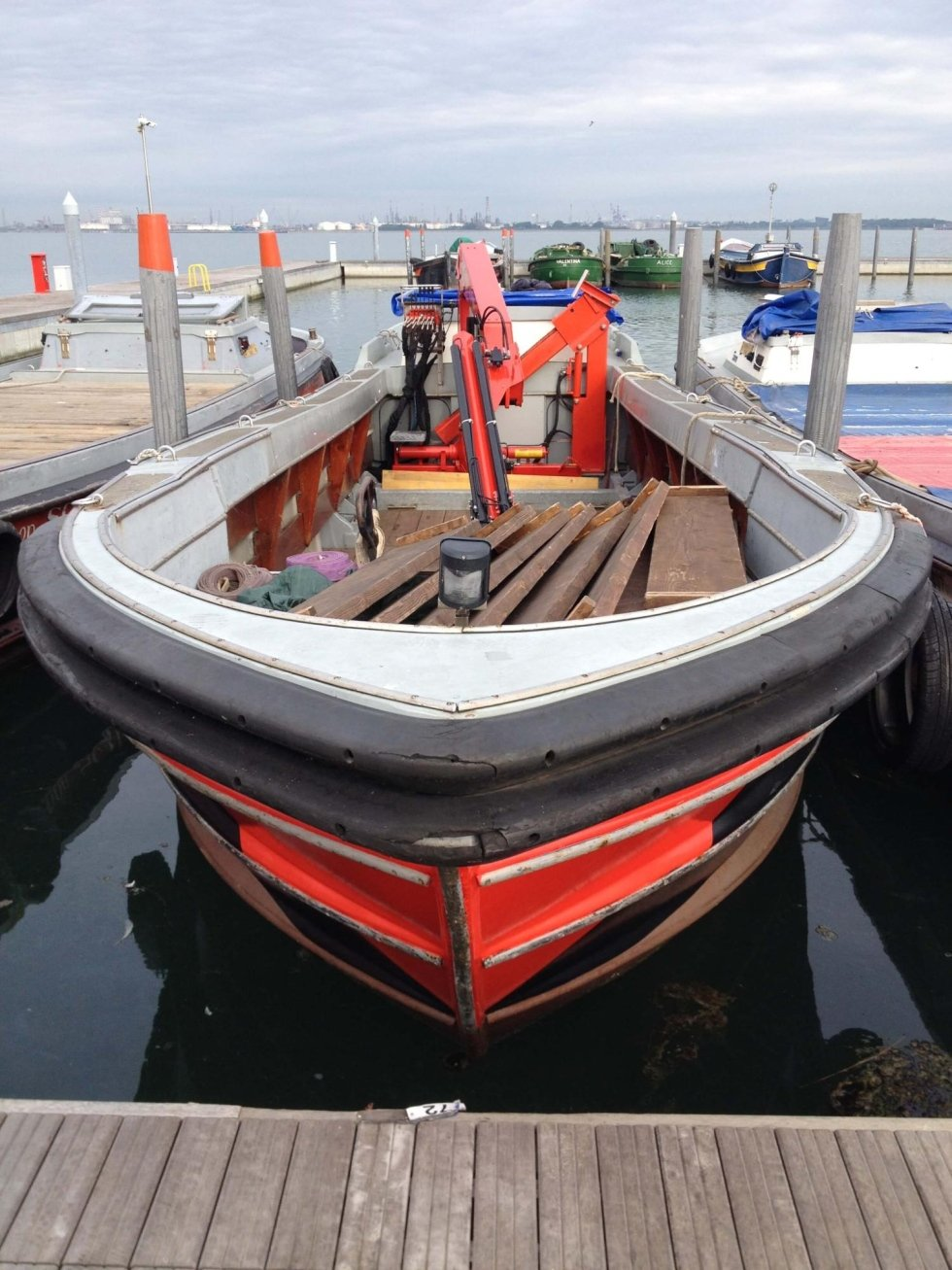 Barca 200 q.li con gru