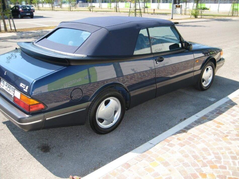Auto decappottabile Saab