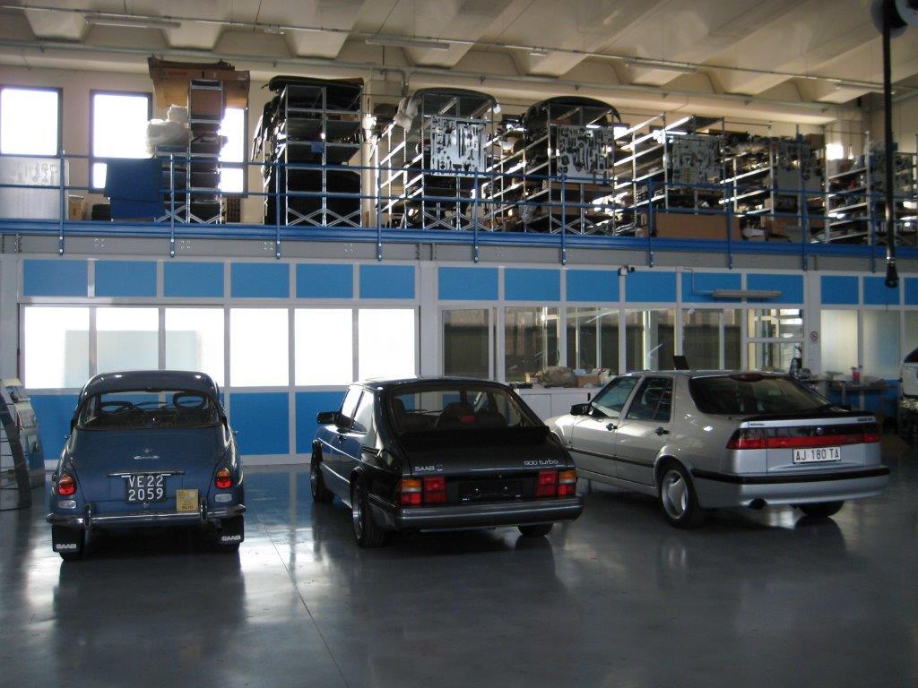 Auto Saab d'epoca in esposizione