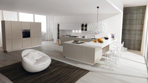 cucina begie e bianca, mobili begie e bianchi per cucina, cucina a moduli