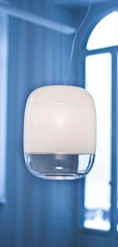In negozio potrati scegliere tra le diverse varianti di lampadario modello Gong.